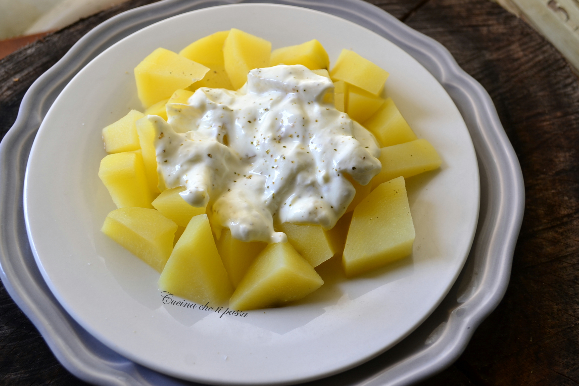 PATATE CON CREMA DI YOGURT